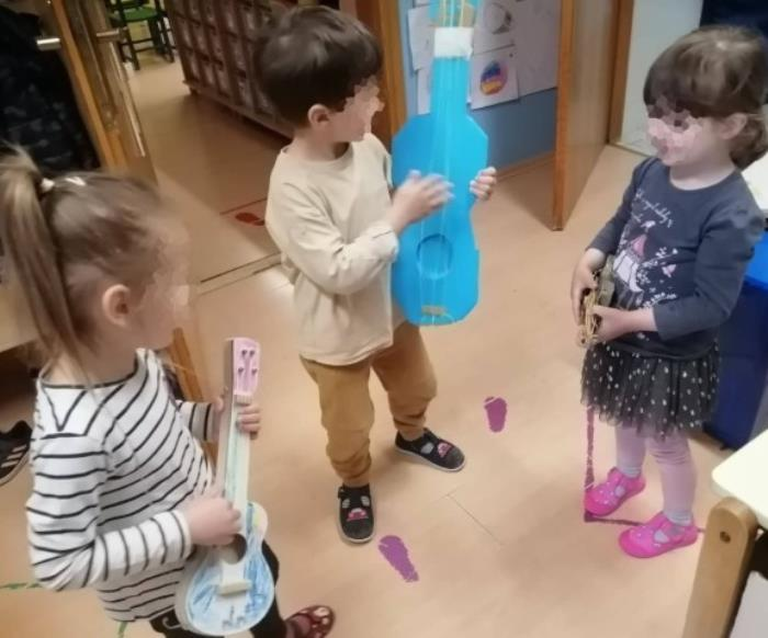 Utjecaj glazbe i glazbenih aktivnosti na razvoj djece rane i predškolske dobi